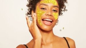 How to Take Care of your Face in the changing Season