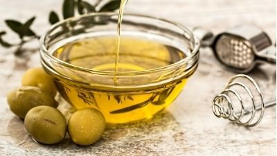 How olive oil protects against heart disease