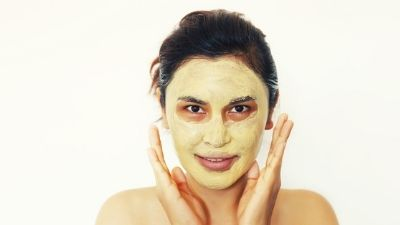 How to Use Turmeric for skin whitening