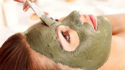 How to make face white with multani mitti